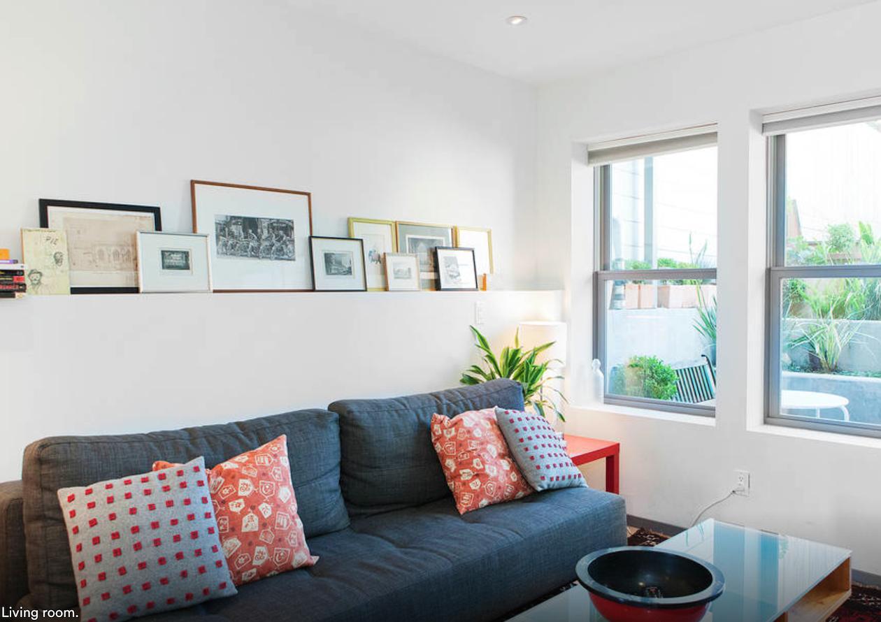 airbnb sfo living room