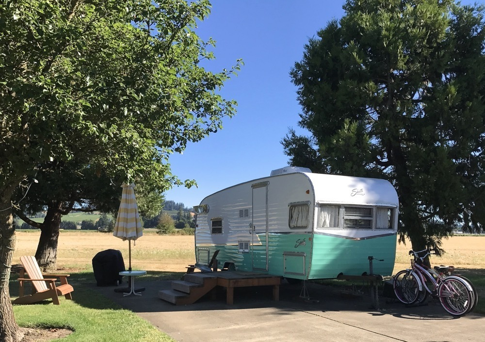 Glamping in Oregon - The Vintages